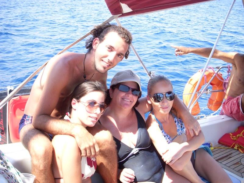 הפלגה משפחתית באיל
